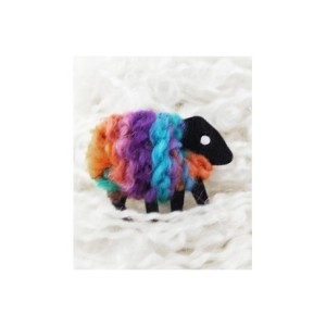 lizzyc-sheep-brooch-aurora-